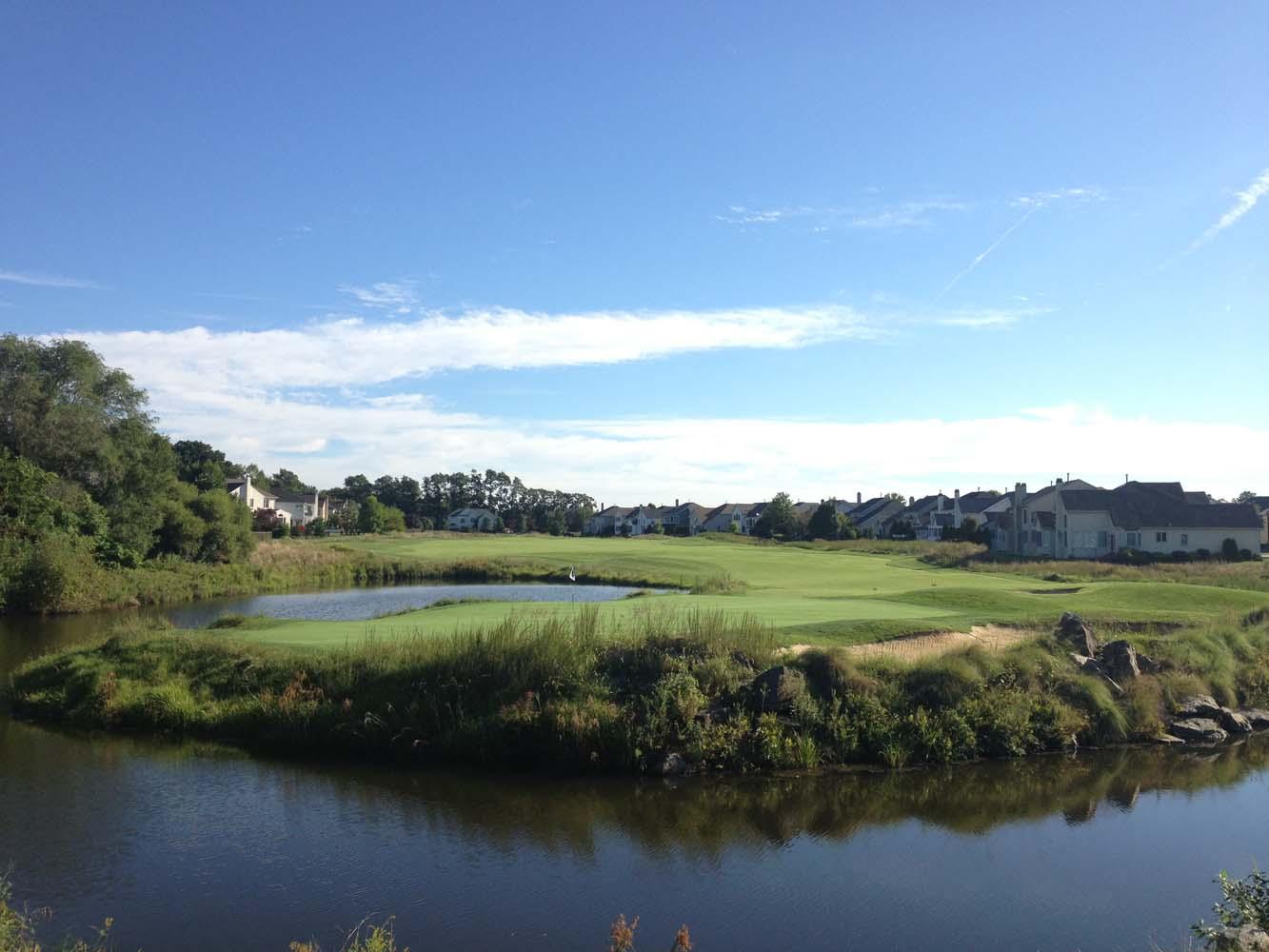 golf-course-walking