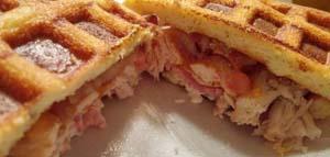 pancakes-fluffy-keto-waffle-02